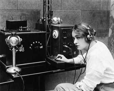 20er, 30er, 40er. DIe Anfänge der der Technik hatte ein sehr individuelles Design.